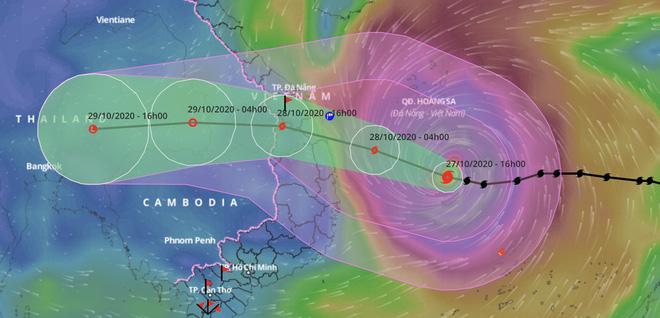 Dự báo đường đi của bão số 9 chuẩn bị tiến vào đất liền từ Đà Nẵng - Phú Yên (Ảnh: VNDMS)