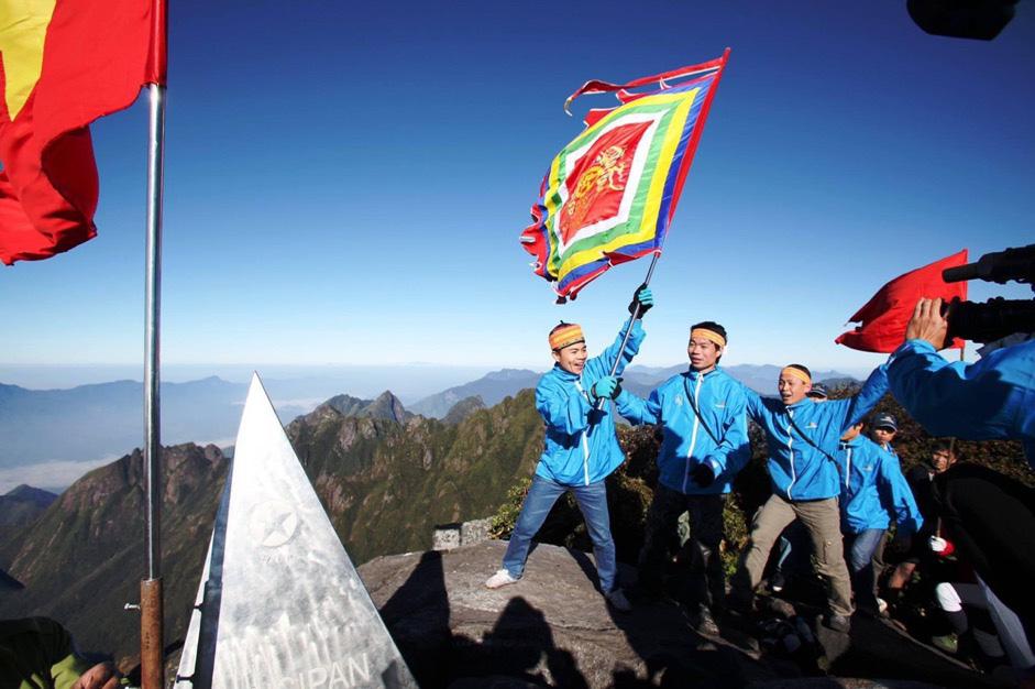 Giải chạy Chinh phục đỉnh Fansipan - nhân dịp kỉ niệm 1000 năm Thăng Long-Hà Nội năm 2010