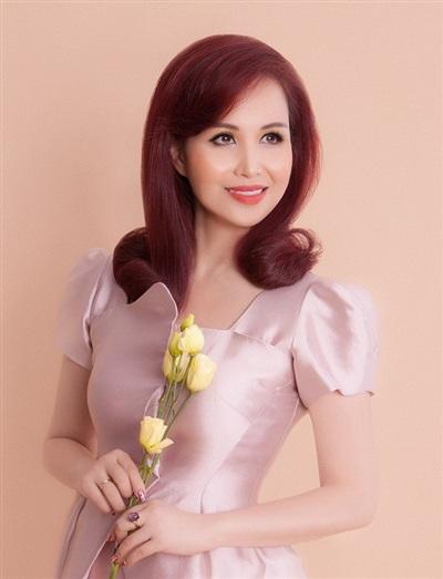 Nhan sắc sau 30 năm đăng quang của Hoa hậu Diệu Hoa.