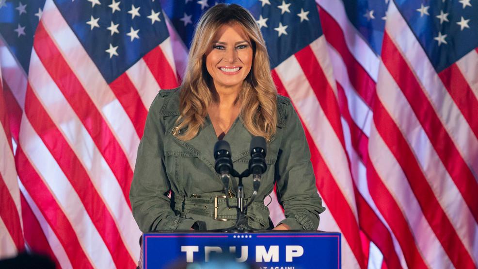 Đệ nhất phu nhân Melania Trump tại buổi vận động tranh cử bang Pennsylvania tối 27/10. Ảnh: AP