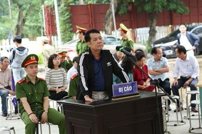 Bị can Nguyễn Văn Sướng tại phiên xét xử.