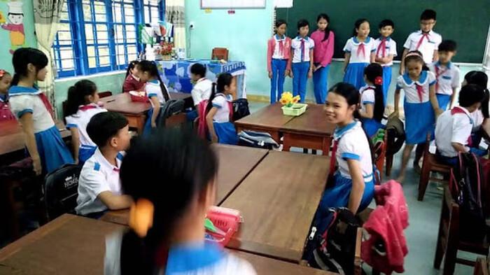 Giáo viên không được phép so sánh các học sinh với nhau. Ảnh minh họa