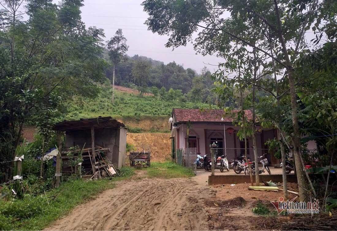 Ngôi nhà anh Quảng và chị Hằng sống chung với bố mẹ ở xã Lĩnh Sơn, Anh Sơn, Nghệ An