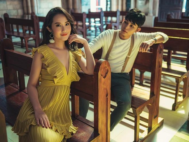 Cô nàng từng lấn sân sang diễn xuất khi nhận lời làm nữ chính trong MV 'Thương em hơn chính anh' của ca sĩ Jun Phạm.