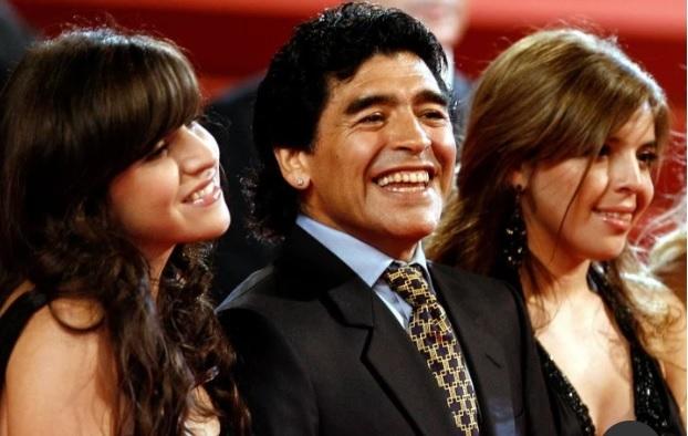 Maradona đã không thể gặp các con trong sinh nhật thứ 60 của mình