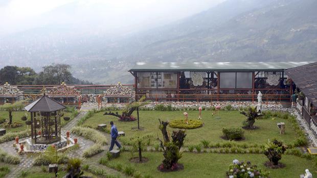 Một phần khung cảnh nhà tù La Catedral của tay trùm Escobar