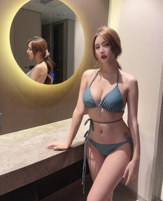 Người đẹp không chạy theo tiêu chuẩn mình hạc xương mai mà theo đuổi vẻ đẹp đầy đặn, cân đối.