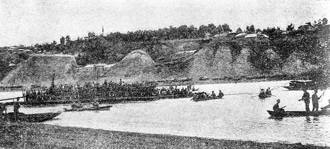 Cuộc vượt sông Belaya của Sư đoàn Súng trường 25 dưới sự chỉ huy của Chapayev năm 1919. Ảnh: Tass