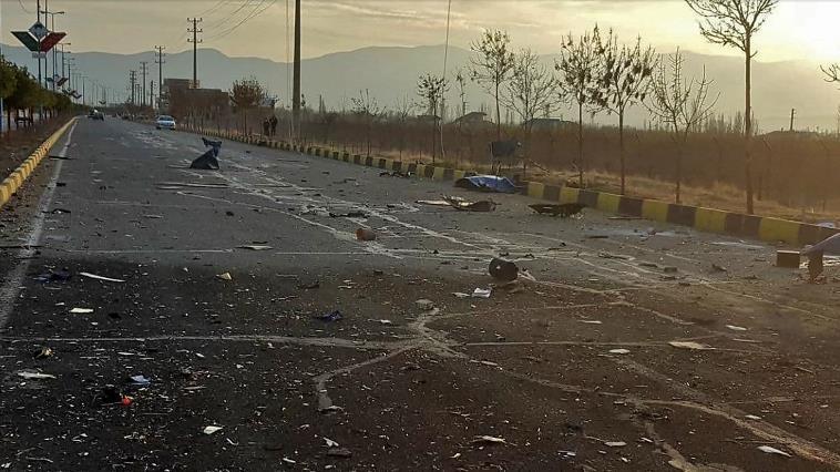 Hiện trường vụ sát hại nhà khoa học Mohsen Fakhrizadeh. Ảnh: FARS