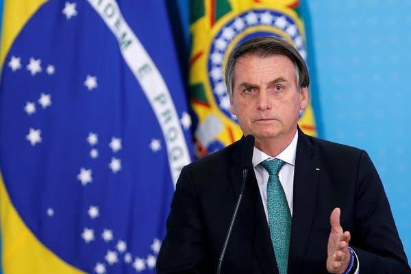 Tổng thống Brazil Jair Bolsonaro tuyên bố có 'nguồn tin riêng' về gian lận bầu cử. Ảnh: NY Times