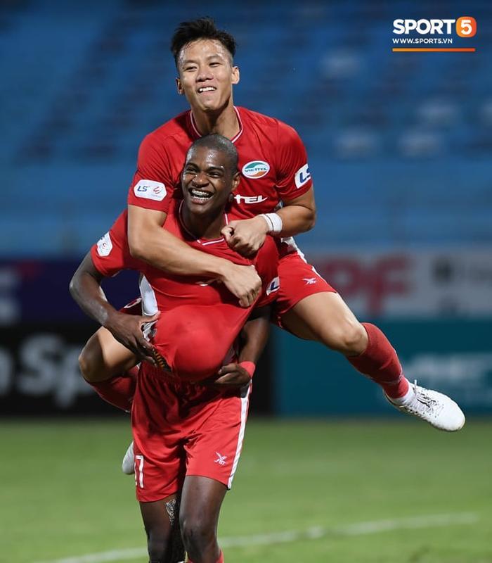 Bruno thi đấu ấn tượng trong màu áo Viettel FC