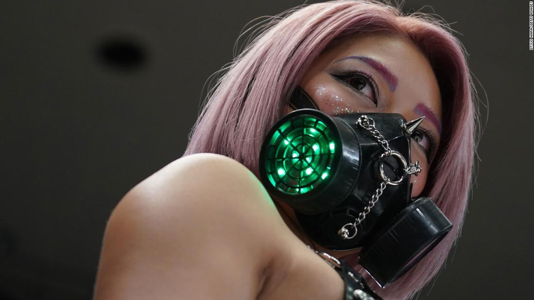 Nữ đô vật Hana Kimura đã tự tử do áp lực từ mạng xã hội trong thời kỳ dịch COVID-19. Ảnh: CNN