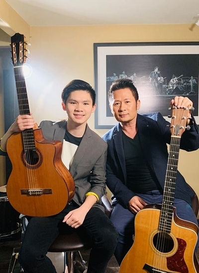 Con trai lớn của Bằng Kiều cũng mê âm nhạc giống bố.