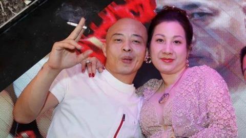Chân dung vợ chồng Đường Dương.