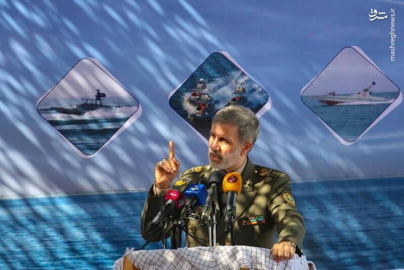 Bộ trưởng Quốc phòng Iran Amir Hatami phát biểu tại lễ bàn giao hôm 28/5. Ảnh: iswnews