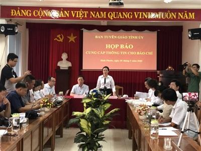 Buổi họp báo tổ chức sáng 30-5