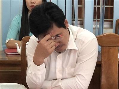Một thẩm phán trong HĐXX vụ án Lương Hữu Phước tham gia phiên họp báo để trả lời các câu hỏi của báo chí
