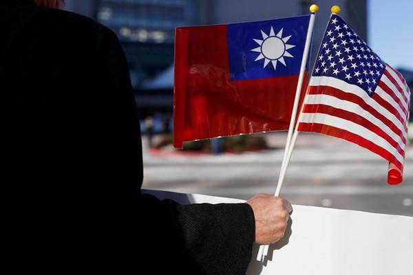 Mỹ đang sử dụng Đài Loan như một công cụ chính để đối phó với Trung Quốc. Nguồn: Sina.