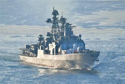 Một tàu khu trục tên lửa thuộc Hạm đội Thái Bình Dương Nga hoạt động ở gần Bắc Cực