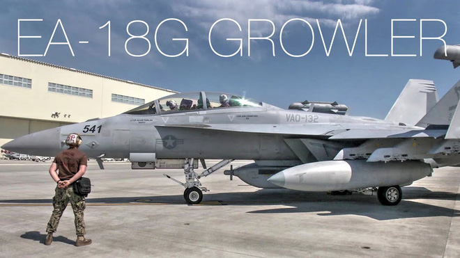 Máy bay tác chiến điện tử Boeing EA-18G Growler