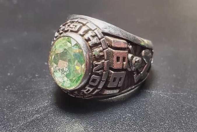 Nhẫn kim cương đắt giá sau 30 năm mất tích đã được tìm thấy