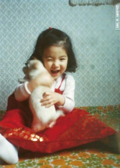 Những bức hình hồi nhỏ của Song Hye Kyo do chính mẹ chụp.