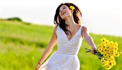 Nếu đàn bà không được trời phú cho nhan sắc thì phải tự cải thiện và chăm chút tâm hồn mình mỗi ngày để đẹp nhất có thể. Ảnh minh họa.
