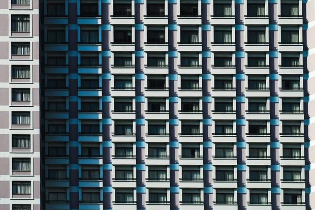 Mỗi ô vuông kia đại diện cho một cuộc sống thu nhỏ giữa mảnh đất Sài Gòn biết bao là nhà.