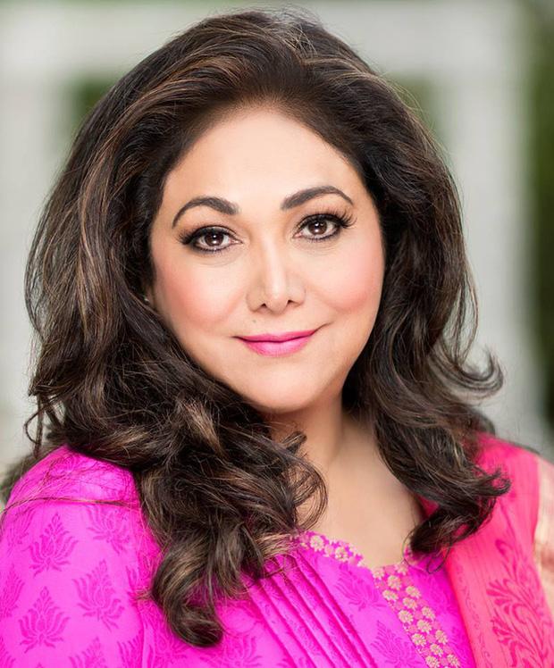 Bà Tina hiện là biểu tượng cho phụ nữ Ấn Độ hiện đại.