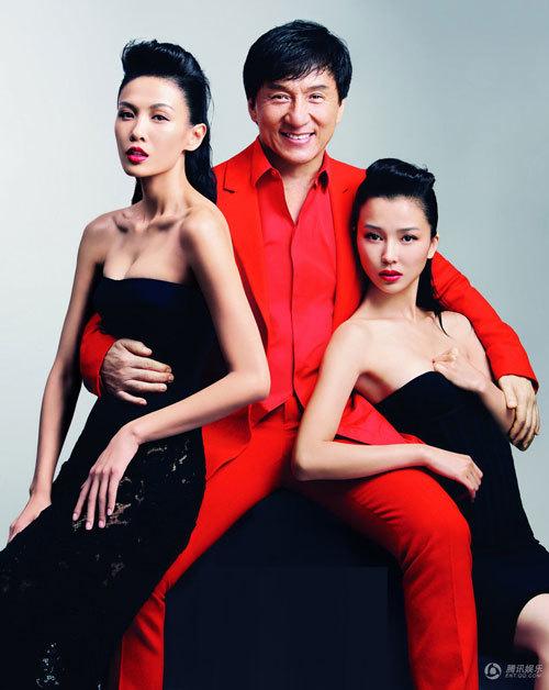 Trương Lam Tâm thủ vai cô nàng 'siêu trộm' sở hữu nhan sắc quyến rũ và tài đánh võ đẹp mắt trong '12 con giáp'. Sau thành công của bộ phim, cô vụt sáng trở thành ngôi sao nổi tiếng ở châu Á.