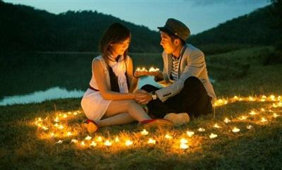 Có người chỉ ngồi mơ hạnh phúc, có người tìm cách chinh phục hạnh phúc. Ảnh minh họa.
