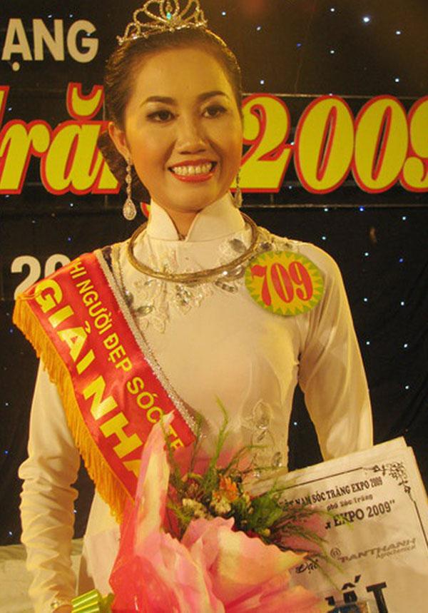 Hoa hậu Mỹ Xuân được biết đến là người mẫu tự do. Thời điểm mới vào nghề, chân dài bán dâm với giá vài triệu đồng/lượt. Sau khi đạt danh hiệu Hoa hậu Nam Mê Kông 2009, Mỹ Xuân nâng giá bán dâm lên mức ngàn USD. Ảnh: congluan.vn