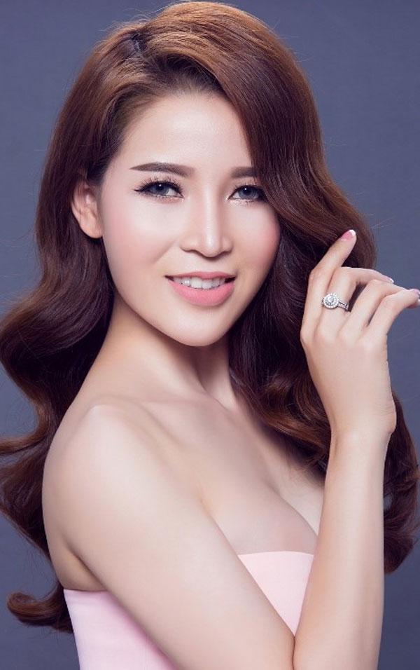 'Tú bà' Phạm Thị Thanh Hiền từng đoạt giải một cuộc thi nhan sắc năm 2017. Ảnh: tienphong.vn