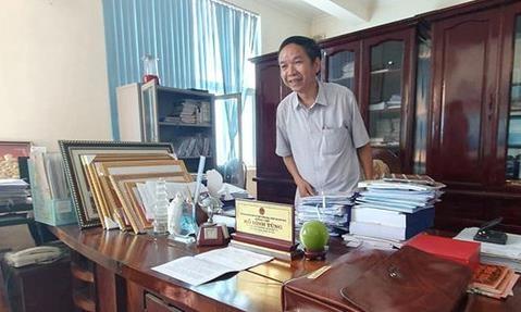 Ông Hồ Đình Tùng - Phó Chủ tịch UBND huyện Tĩnh Gia (nay là TX.Nghi Sơn), Thanh Hóa bị đe dọa tống tiền 5 tỷ đồng.