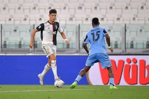 Tiếp đón đối thủ cạnh tranh trực tiếp Lazio trên sân nhà ở vòng 34 Serie A, Juventus không giấu giếm ý định tấn công phủ đầu để tìm kiếm chiến thắng.