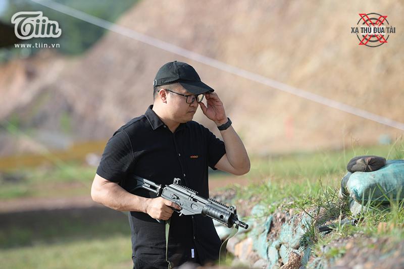 Kiên Vũcó niềm đam mê mãnh liệt với vũ khí, trang thiết bị quân sự