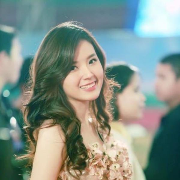 Midu trải lòng giữa lúc tình yêu của Hương Giang bị 'soi mói': 'Bạn bỗng nhiên trở thành cô gái đáng thương trên chiến tích của 1 cô gái nào đó' 0