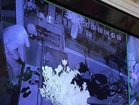 Camera ghi lại vụ trộm. Ảnh: Công an TP HCM.