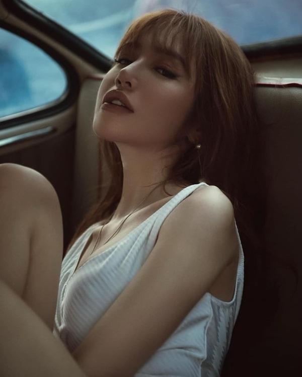 Phong cách phóng khoáng, táo bạo của Elly Trần.