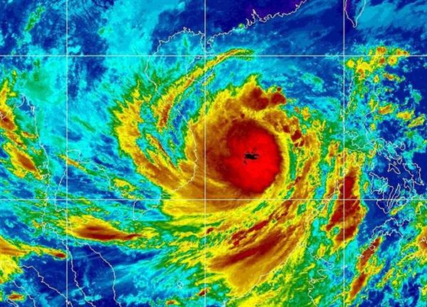 Bão số 9 được đánh giá là một cơn bão mạnh, sức tàn phá khủng khiếp (Ảnh: Cơ quan Quản lý Khí quyển và Đại dương Quốc gia Mỹ - NOAA)