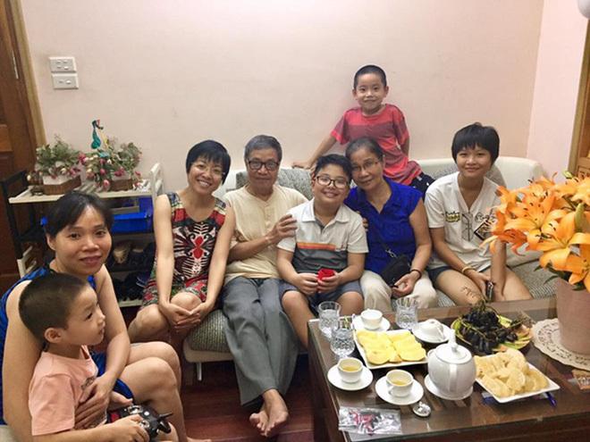 Thảo Vân vẫn thường đưa con trai về thăm ông bà nội