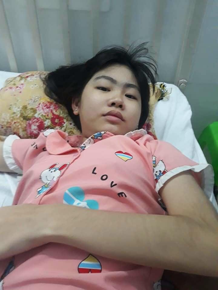 Bác sĩ thông báo với gia đình, nếu không được mổ kịp thời em sĩ bị liệt
