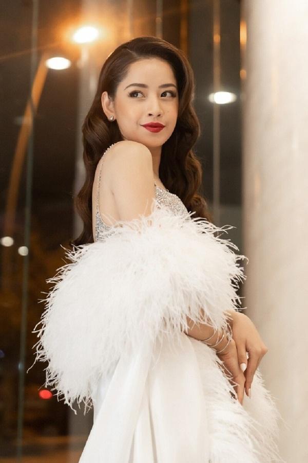 Chi Pu là đại diện Việt Nambiểu diễn chương trình Quốc tế, netizen chia làm hai phe: Người mong chờ, kẻ khuyên...hát nhép 2