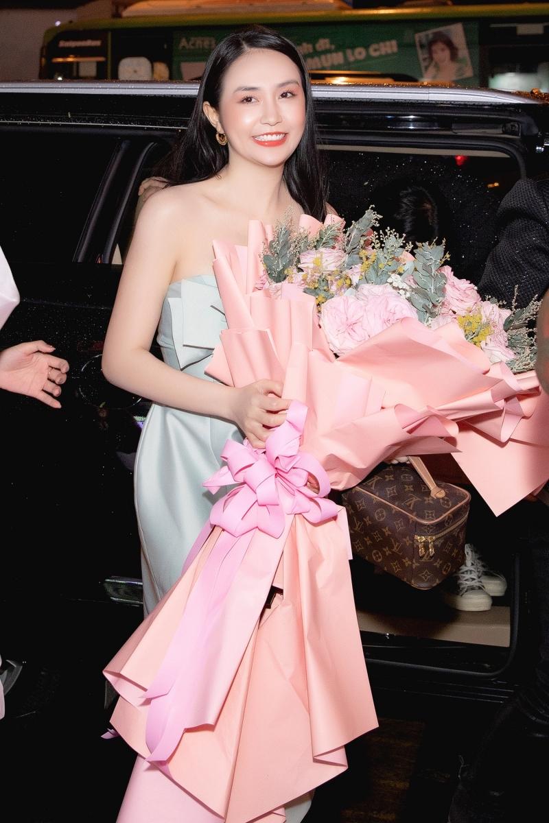 Hương Baby xinh đẹp dự sự kiện.