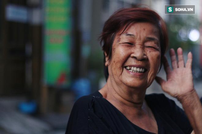 Bà Khanh là thế hệ đầu trong gia đình mắc căn bệnh ung thư đại tràng di căn tuỵ.