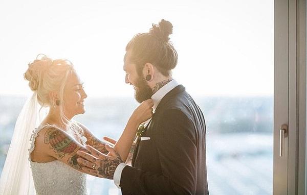 Vợ ngoại tình nhưng chồng vẫn khoan dung chấp nhận 'người thứ ba' như người thân trong gia đình 2