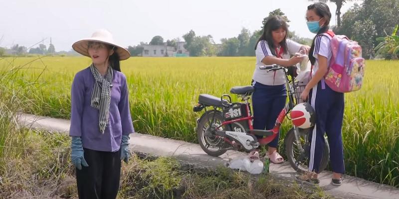 Misthy diện áo bà ba, tham gia thử thách một ngày làm nông dân khiến fan thích thú 2