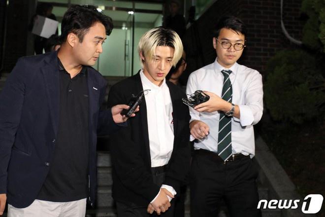Trước khi rời khỏi nhóm, Hanbin làngười đứng sau rất nhiều sáng tác nổi tiếng của iKON.