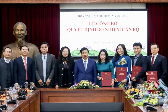 NSƯT Xuân Bắc nhận bổ nhiệm chức Giám đốc Nhà hát kịch Việt Nam