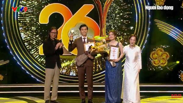 Văn Phượng rơi nước mắt, Nhan Phúc Vinh hạnh phúc nhận giải Nam – Nữ diễn viên xuất sắc tại Mai Vàng lần thứ 26 3